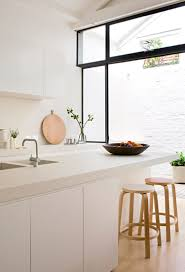 Minimalist Decor by 9 Decor Tips For Achieving Minimalist Style Interiros