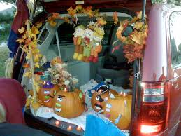 trunk or treat decoration ideas for your halloween festivities