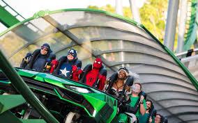 universal orlando close up the incredible hulk coaster has