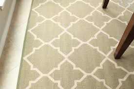 cheap rugs kitchen rug or outdoor rug idea from http www decorchick com