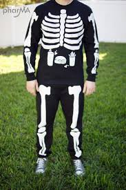 halloween bones background best 20 skeleton costumes ideas on pinterest diy skeleton