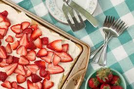 Summer Entertaining Recipes - strawberry creme puff cake easy summer entertaining recipe