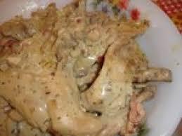 cuisine lapin au vin blanc lapin au vin blanc et aux chignons recette ptitchef