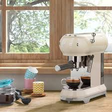 espresso coffee machine ecf01cruk smeg smeg uk