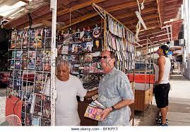 vendor selling cd stock photos u0026 vendor selling cd stock images
