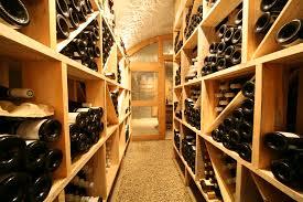 Casier Vin Terre Cuite Cave Voutée Avec Porte De Séparation Exemple Caves Pinterest