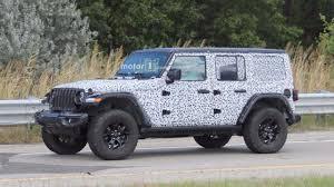 2018 jeep wrangler pickup 2018 jeep wrangler rubicon spied with virtually no camo