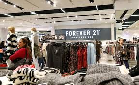 forever 18 online shop lawsuit forever 21 bathroom posted to fortune
