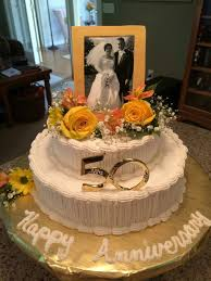 50th Anniversary Centerpieces To Make by Best 25 50th Wedding Anniversary Cakes Ideas On Pinterest