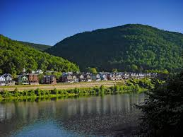 Pennsylvania where to travel in september images File south renovo pennsylvania houses jpg wikimedia commons jpg