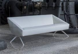 canap blanc 3 places luxy canapé amarcord 3 places cuir pieds blanc ou noir