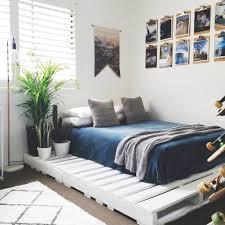 Modern White Bed Frames 33 Cool Diy Recycled Pallet Bed Frame To Duplicate U2013 Diy Bedroom