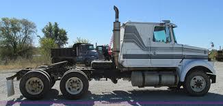 volvo tractor truck 1987 volvo white wim semi truck item j8726 sold novembe