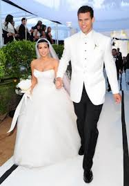 Kim K Wedding Ring by Kim Kardashian U0027s Engagement Ring Estimated To Be Worth 8m Expert