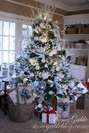 10 tree decorating ideas and tips holidays tree and