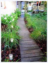 How Much To Level A Backyard Best 25 Backyard Walkway Ideas On Pinterest Backyard Patio