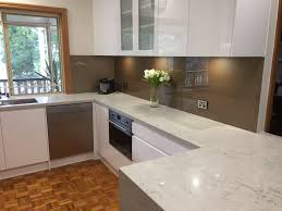 coloured splashbacks to suit your design and specifications