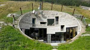 real hobbit house real life houses that look like they belong in the shire