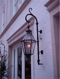 electric lights that look like gas lanterns the columbia lantern gas or electric the charleston collection