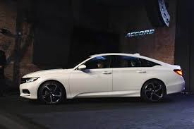 honda accord com honda hopes to revitalize midsize sedan market with all 18