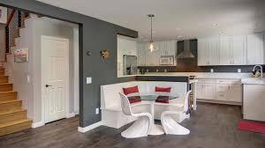 weiße küche wandfarbe küche weiß mit wandfarbe grau und weißer sitzecke küche freshouse