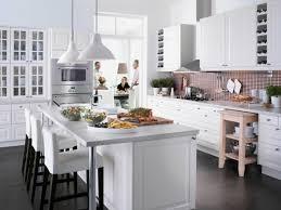 kleine küche mit kochinsel genie kleine küche mit kücheninsel weiße küche einrichten 30