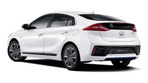lexus hybrid suv cena news