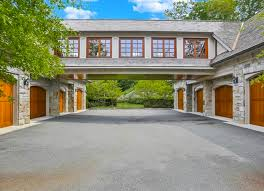 8 car garage thats the one i need this much garage space plus the