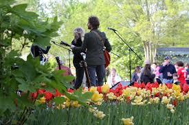 Botanical Garden Cincinnati Blooms Free Concerts Presented By Macy S Gives Cincinnati