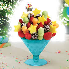 fruit arrangements for fresh fruit arrangement picture of edible arrangements 1339