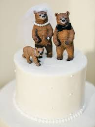 unique wedding cake toppers 17 ideas for a unique wedding cake topper