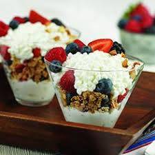 Low Calorie Cottage Cheese by Fruit Granola Cottage Cheese Drizzled With Honey Easily One Of