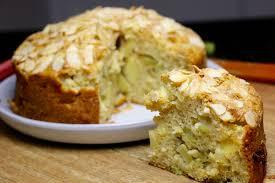 cuisine rhubarbe gâteau moelleux à la pomme et à la rhubarbe hervecuisine com