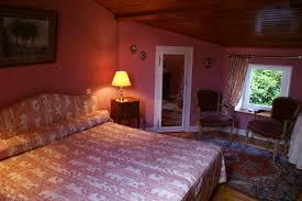 chambre d hote montpeyroux 63 les pradets hébergements locatifs montpeyroux auvergne tourisme