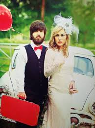 why did jesicarobertson cut her hair can we just take a moment for this wedding photo of jep and
