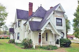 the key hole house circa old houses old houses for sale and