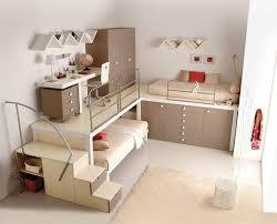 möbel jugendzimmer jugendzimmer mit ahorn möbeln mit platzsparendem design