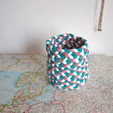 How To Make T Shirt Yarn Rug Braided T Shirt Yarn Basket Upcycle Yarns And Tutorials