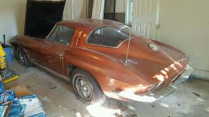 what year was the split window corvette made 1963 corvette split window barn find