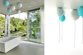 deckenleuchten für badezimmer wand und deckenleuchten brokis designt wie bunte luftballoons