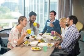 dejeuner au bureau organiser un repas d affaires stylé au bureau