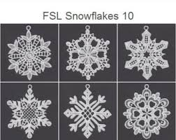fsl sweet hearts free standing lace ornament