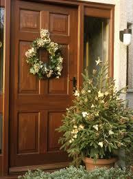 13 outdoor christmas decoration ideas stylish outside christmas
