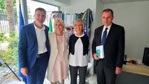 chambre de commerce italienne de l ambassadrice d italie à la chambre de commerce italienne