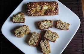 cuisiner le brocolis frais cake au saumon fumé brocolis concombre et carré frais recette