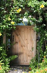 27 best vertical gardens images on pinterest vertical gardens