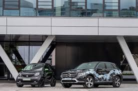mercedes glc f cell spotted in traffic plug in fuel cell vehicle