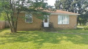 wyoming house 1920 28th street sw wyoming mi 49519 mls 17039661 jaqua