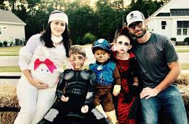 Family Halloween Costume Ideas For 3 Celebs Who Became Moms Too Young