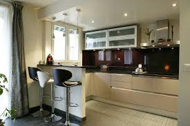 petites cuisines ouvertes une cuisine très complète inspiration cuisine le
